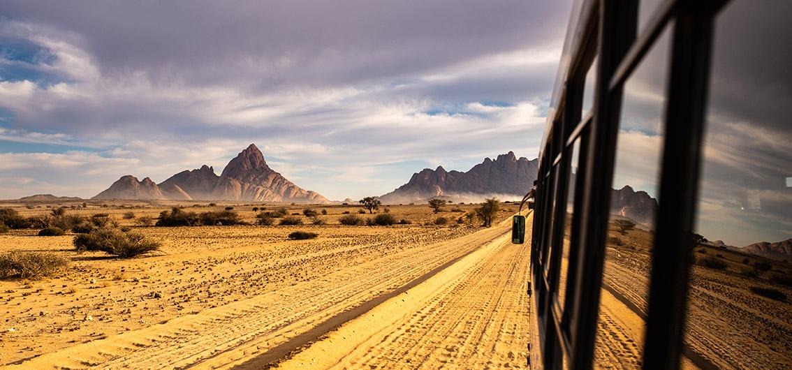 16-tägige Sonderzugreise von Kapstadt nach Namibia im African Explorer – bekannt aus der ARD-Fernsehserie Verrückt nach Zug.