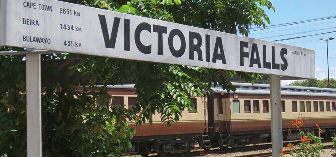 15-tägige Sonderzugreise von Victoria Falls bis Pretoria im African Explorer – bekannt aus der ARD-Fernsehserie Verrückt nach Zug.